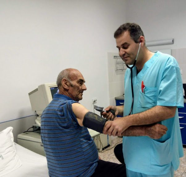 """Безплатно измерване на кръвното на 18 юни във Втора кардиология на """"УМБАЛ-Пловдив"""""""