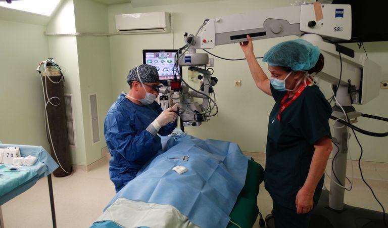 """В МБАЛ """"Централ Хоспитал"""" върнаха на 100% зрението на мъж"""